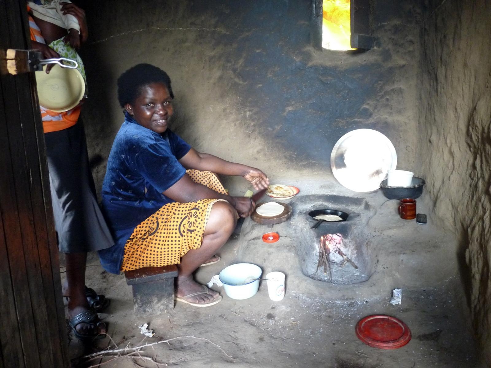 Making Chapati With The New Upesi Stove